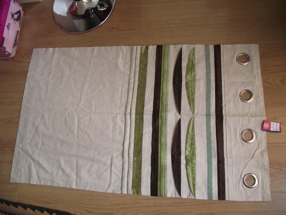 The £2.99 tab-top curtain