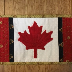 Maple Leaf rug-mug